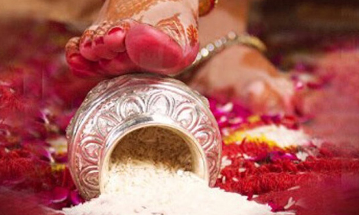 Telugu Friday, Friday Marriages, Friday Rituals, Hindu Tradition, Is It Right To Do Marriages On Friday, Lakshmi, Marriage Rituals, Marriages On Friday, Marrige-Telugu Bhakthi