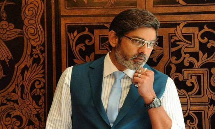 Jagapathi Babu Tries As A Hero Once Again-TeluguStop.com