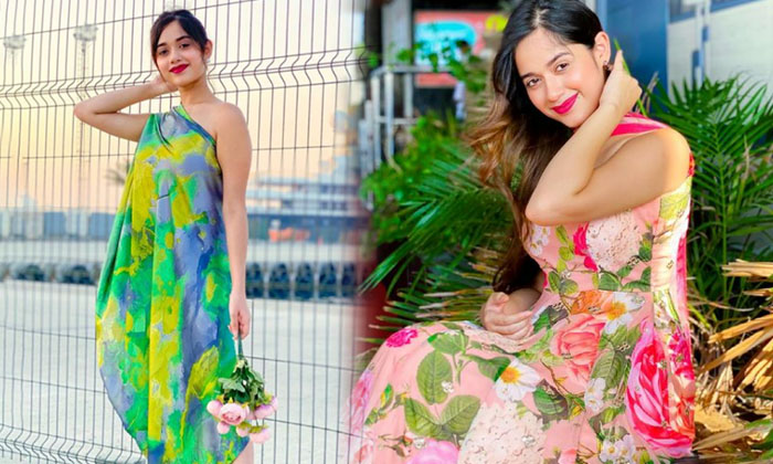 Jannat Zubair Rahmani Laterst And Beautiful Images-telugu Actress Hot Photos Jannat Zubair Rahmani Laterst And Beautiful High Resolution Photo