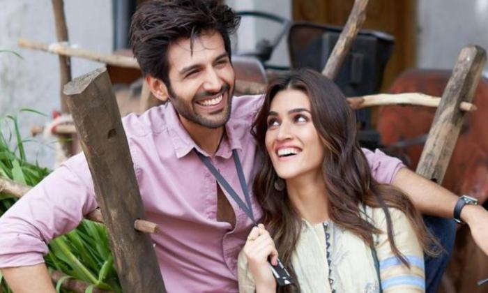 Kartik Aaryan And Kriti Sanon For Ala Vaikuntapuram Remake-TeluguStop.com