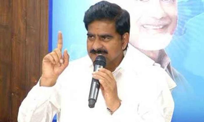 Tdp Leader Devineni Uma Faces Police Case For 'violating Covid Rules'-TeluguStop.com