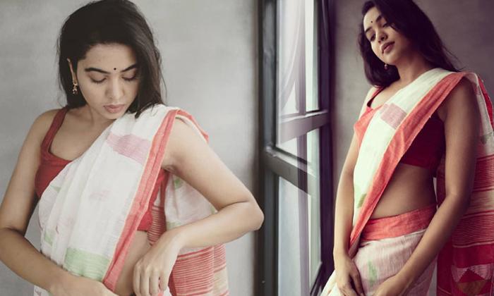 Shivathmika Hot Photoshoot Goes Viral-TeluguStop.com