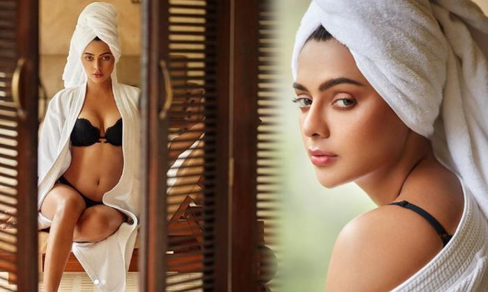 Ravishing Pictures Of Actress Ruhii Dilip Singh-telugu Actress Hot Photos Ravishing Pictures Of Actress Ruhii Dilip Sing High Resolution Photo