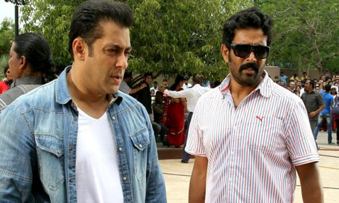 Stunt Director Ravi Varma Tries As A Director In Hindi-TeluguStop.com
