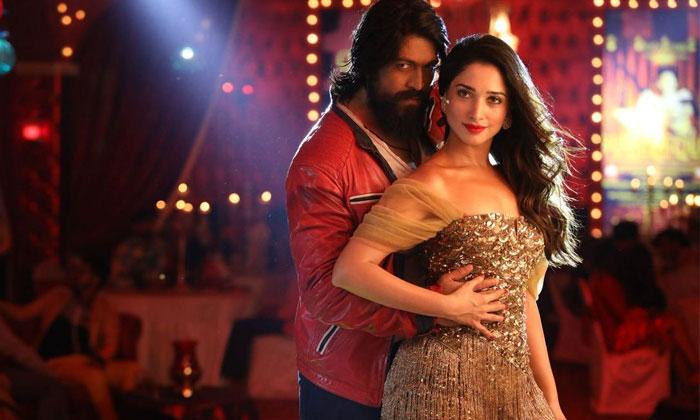 Tamannaah Romance With Yash His Next Movie-TeluguStop.com