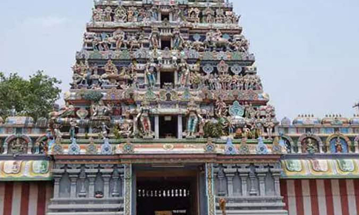 Goddess Who Waited Along Time For Lord Shiva And Remained As A Single-అమ్మవారు కన్యగా వెలసిన ఆలయం ఎక్కడ ఉందో తెలుసా-Latest News - Telugu-Telugu Tollywood Photo Image-TeluguStop.com