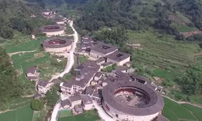 China Fujian Style Apartments Attracting-TeluguStop.com