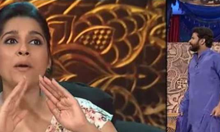 Hyper Aadi Double Meaning Punches On Rashmi In Extra Jabardasth Show-TeluguStop.com