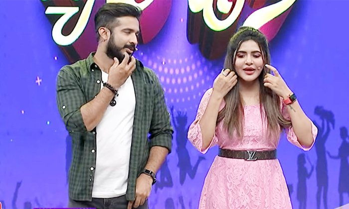 Ashureddy Double Meaning Dialgoue On Anchor Ravi In Happy Days Daily Show-TeluguStop.com