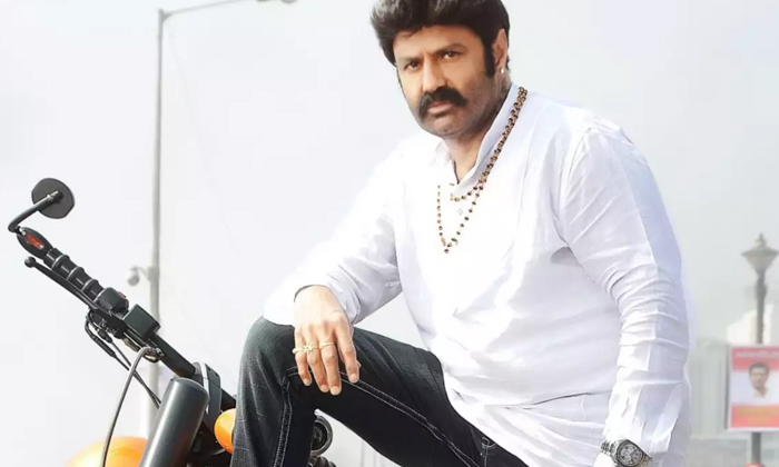 Good News For Balayya Fans Back To Back Movies Powerful Line Up-TeluguStop.com