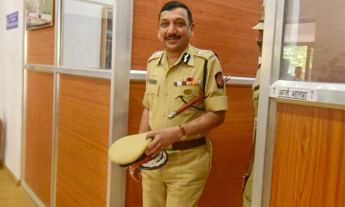 Cbi New Director Subodh Kumar Jaiswal New Rules For Cbi Employees-TeluguStop.com