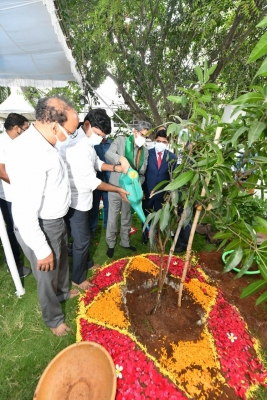 Cji Participates In Green India Programme In Hyderabad-TeluguStop.com