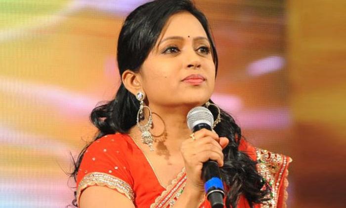 Telugu Anchors And Their Education Qualification-తెలుగు యాంకర్స్ ఏం చదువుకున్నారో తెలుసా-Latest News - Telugu-Telugu Tollywood Photo Image-TeluguStop.com