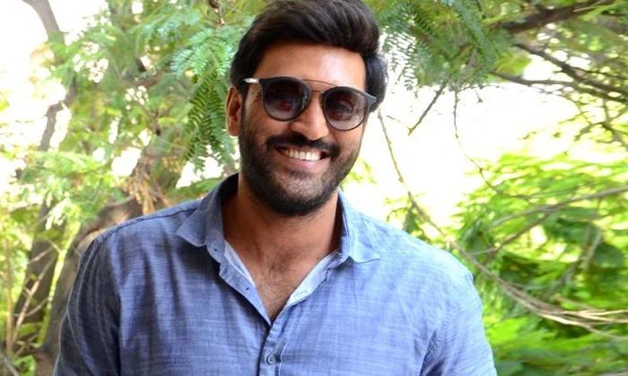 Telugu Actor Ajay Reacts About His Remuneration And Friends In Film Industry-సినిమా ఇండస్ట్రీలో మన రెమ్మ్యూనరేషన్ నిర్ణయించేది అదే….-Latest News - Telugu-Telugu Tollywood Photo Image-TeluguStop.com