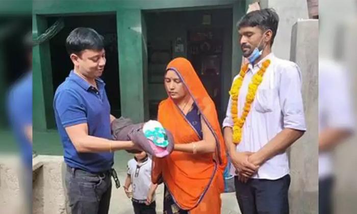 Infant Girl Of Rajasthan Return Home After Heart Treatment Arranged By Sonusood-TeluguStop.com