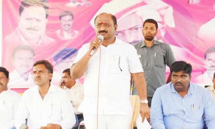 Is Etela Rajender Withstand Against Dharmareddy In Kamalapur-TeluguStop.com