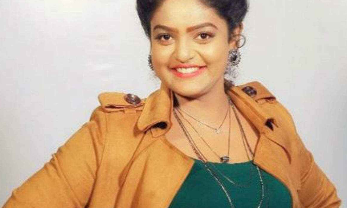 If You Know What She Did To The Dishes Before She Became A Television Actress-బుల్లితెర నటి కాకముందు వంటలక్క ఏం చేసిందో తెలిస్తే-Gossips-Telugu Tollywood Photo Image-TeluguStop.com