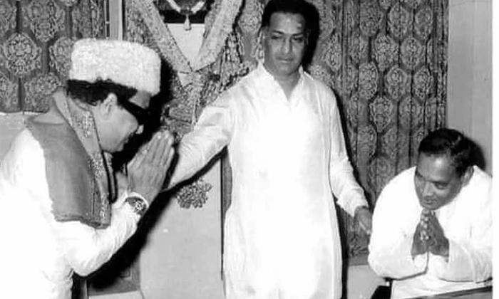Reason Behind The Meeting Of These Ministers-ముగ్గురు ముఖ్యమంత్రుల కలయికకు కారణమేంటో తెలుసా-Latest News - Telugu-Telugu Tollywood Photo Image-TeluguStop.com