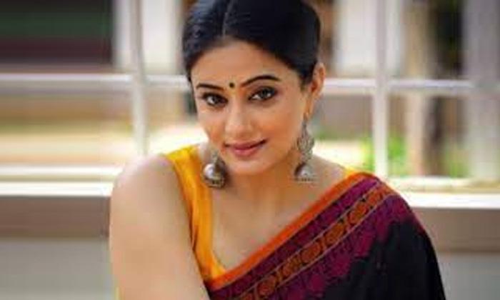 Tollywood Actress Priyamani Says Her Drems-TeluguStop.com