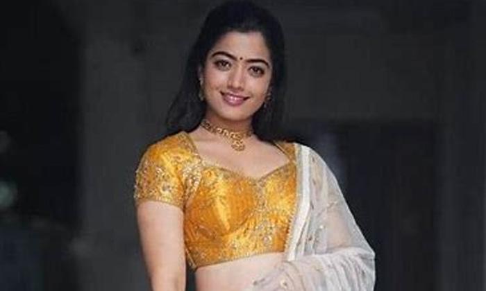 Rashmika In Purple Dress Stunning Looks-TeluguStop.com