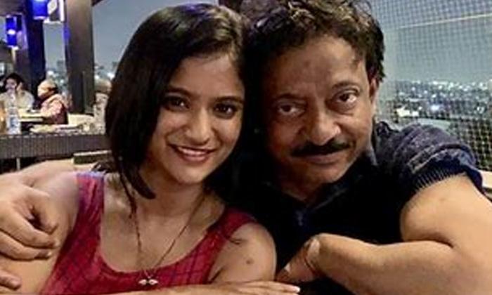 Ramgoapl Varma Shocking Comments On His Daughter-కూతురు బిహేవియర్ పై షాకింగ్ కామెంట్స్ చేసిన ఆర్జీవీ..-Latest News - Telugu-Telugu Tollywood Photo Image-TeluguStop.com