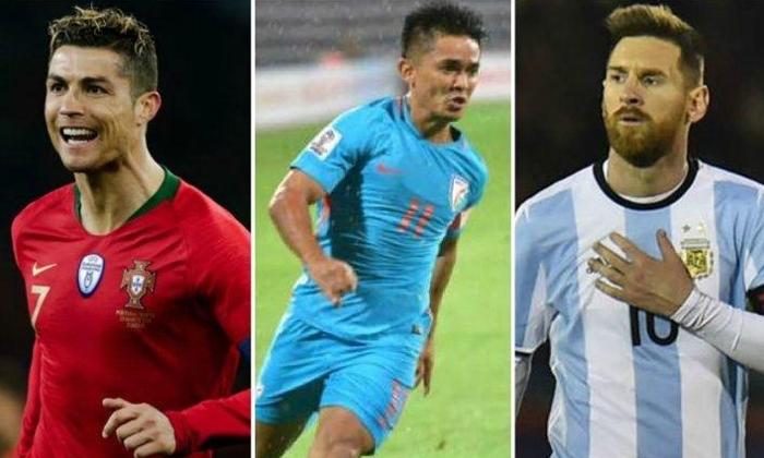 India Football Captain Sunil Chhetri Beats Leo Messi In International Goals-ఆ విషయంలో మెస్సీనే బీట్ చేసిన ఇండియన్ ఫుట్ బాల్ కెప్టెన్ సునీల్ ఛెత్రీ..-General-Telugu-Telugu Tollywood Photo Image-TeluguStop.com