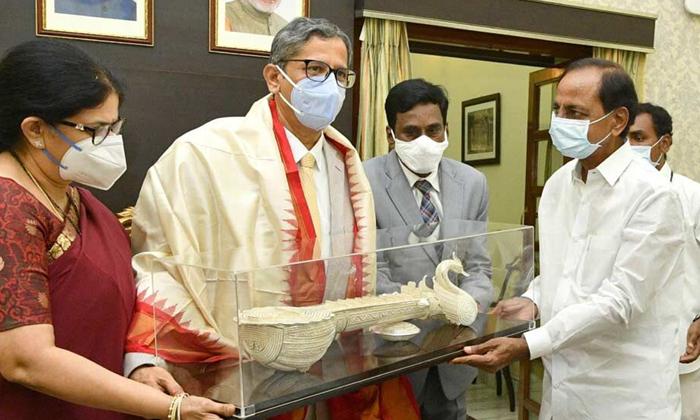 Cji Nv Ramana Visit Yadadri Temple Tomorrow-TeluguStop.com