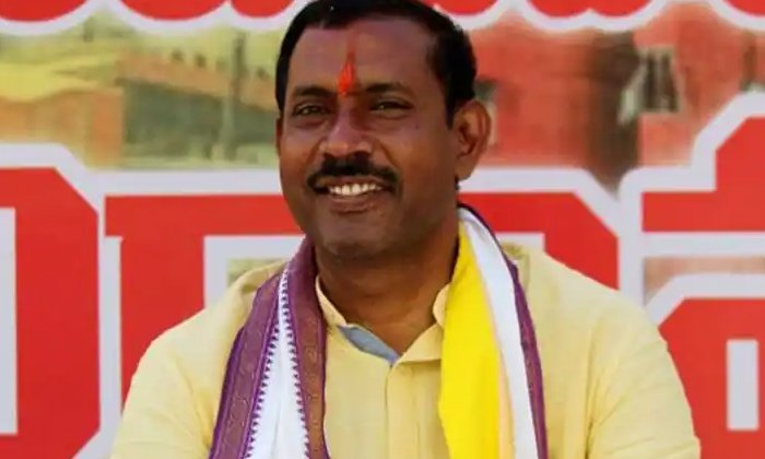 Ycp Government Focuses On Corruption Of Tdp Leaders-TeluguStop.com