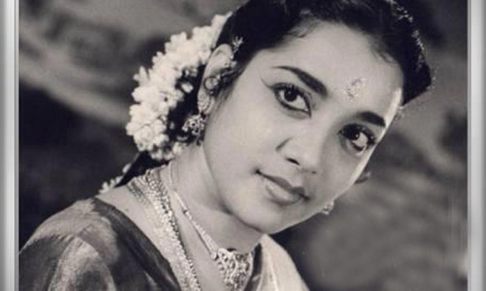 Telugu Actress Jamuna, Actress Jamuna Interview, Actress Jamuna Lost Lakhs Of Rupees Because Of Movie Producers, Hero Krishna, Jamuna, Jamuna About Producers, Jamuna Remuneration, Lost Money, Producers Behavior-Movie