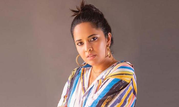 Anasuya Air Hostess In Jayashankar Movie-TeluguStop.com