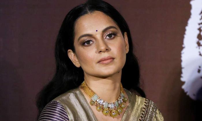 Kangana Ranauts Incredible Transformation In Thalaivi Dhaakad-TeluguStop.com
