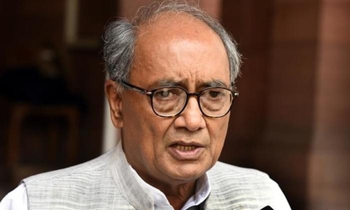 Digvijay Singh Makes Sensational Comments On Modi Amit Shah-TeluguStop.com