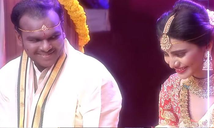 Immanuel Varsha Marriage Stopped Because Of Sudigali Sudheer-TeluguStop.com