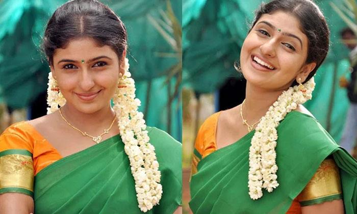 Sivaramaraju Movie Fame Mounika Playing Priority Role In Pushpa Movie-TeluguStop.com