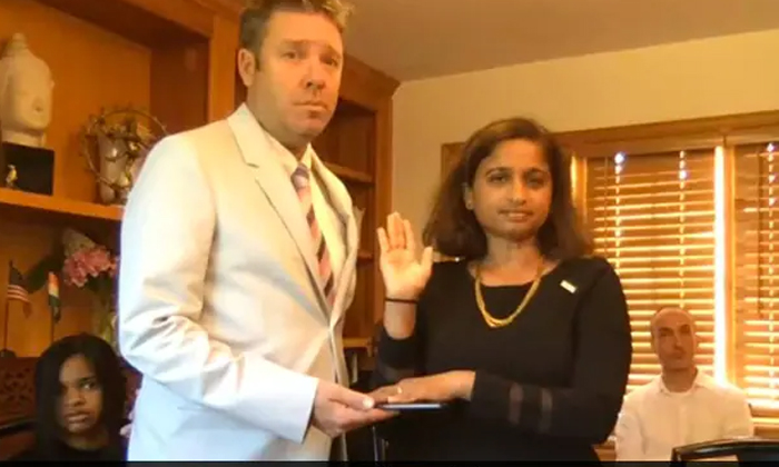Veena Reddy Sworn In As Usaids First Indian American Mission Director-TeluguStop.com