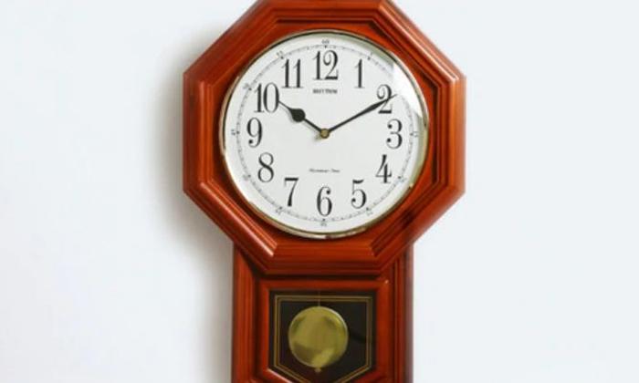 Best Vastu Tips For Wall Clock At Home-TeluguStop.com