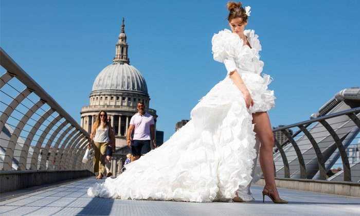 Wedding Gown Made Entirely Of 1500 Discarded Face-TeluguStop.com