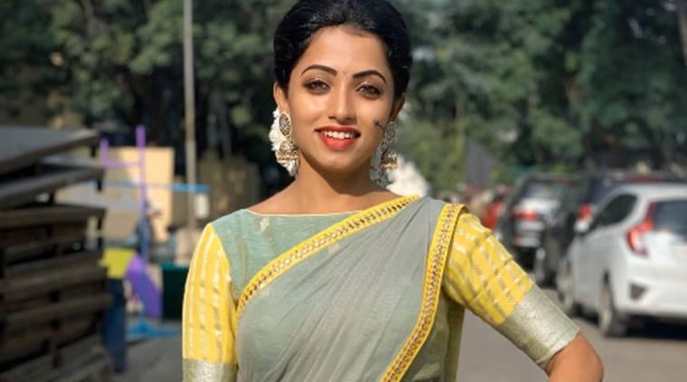 Actress Navyaswamy Reveals Her Relationship With Ravikrishna-TeluguStop.com