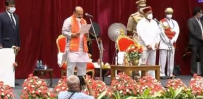 Basavaraj Bommai Sworn-in As 30th Chief Minister Of Karnataka-TeluguStop.com