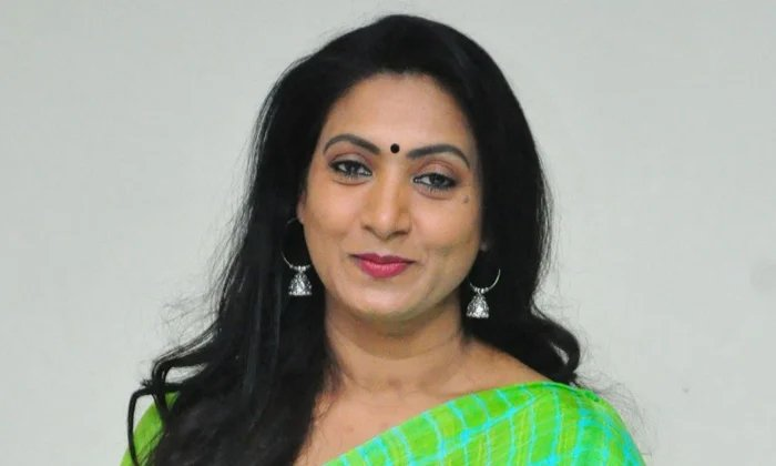 Conditions To Actress Amani To Become Heroine-TeluguStop.com