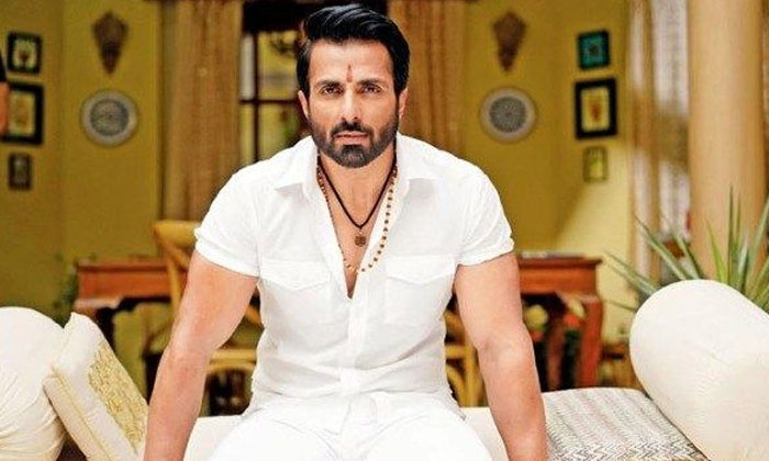 Interesting Facts About Real Hero Sonusood-TeluguStop.com