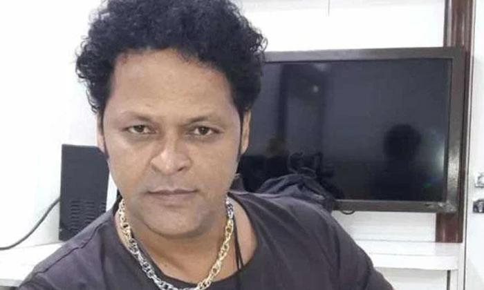 Telugu Daughter Removed, Financial Crisis, Javid Haider, Online Classes-Movie