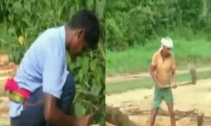 Tired Of Administration Delay Odisha Villagers Construct Wooden Bridge On Their Own-TeluguStop.com