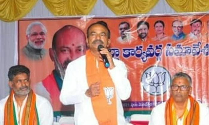 Etela Rajender Sensational Comments On Hareesh Rao-TeluguStop.com