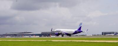 Hyderabad Airport Adds New Rets To Enhance Runway Capacity-TeluguStop.com