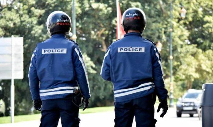 Hyderabad Police Captured Three Fake Police-TeluguStop.com