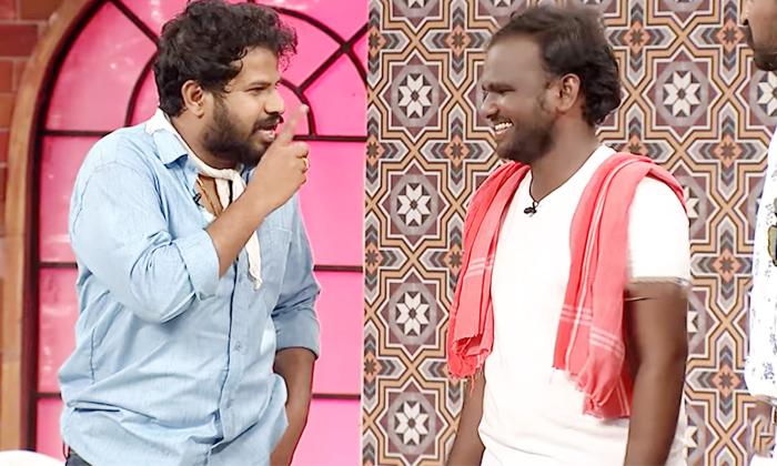 Hyper Aadi Shocking Comments About Varsha Immanuel Love Track-TeluguStop.com