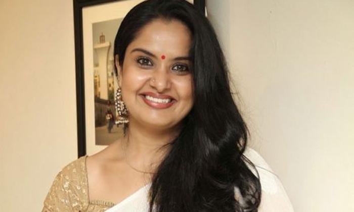 Is Pragathi Name Is Removing From Bigg Boss Season 5 Contestants List-TeluguStop.com
