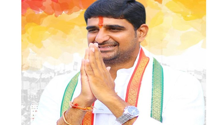 Is It The Congress Leader Who Is Behind Kaushik Into The Trs With His Advice-TeluguStop.com
