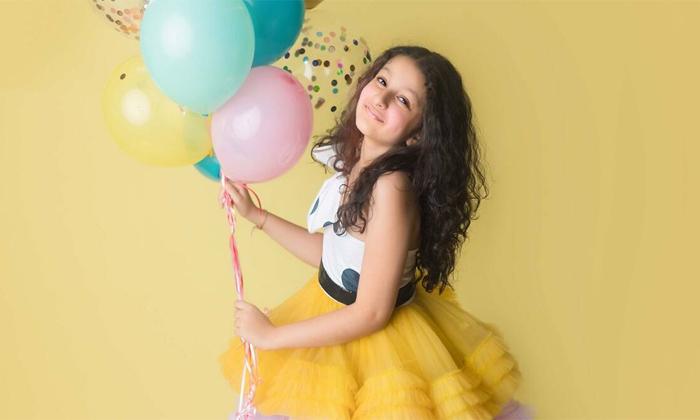 Hero Mahesh Babu Wishes Daughter Sitara On 9 Th Birthday-TeluguStop.com